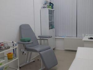 Донорское кресло к-02дн для забора крови в процедурный кабинет КДЛ-ТЕСТ с широкими подлокотниками